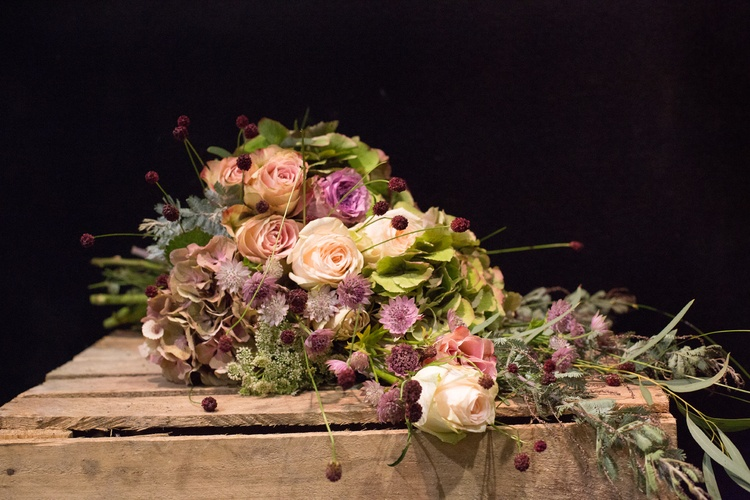 Brompton Buds for all your wedding floristry