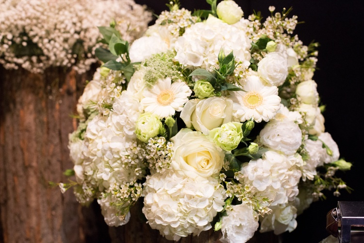 White Bouquet at Brompton Buds
